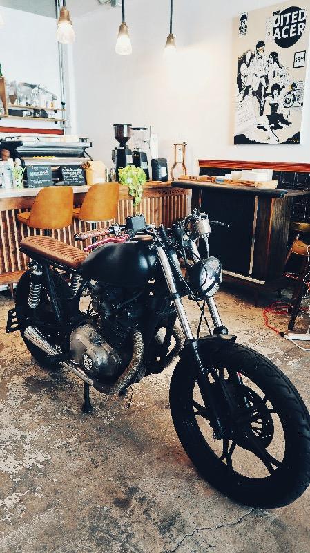 Selina-Brothers-Brawlers-Motorcycle-SCVALENZANO