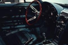 Walt-Grace-Vintage-1967-Chevrolet-Corvette-Stingray-Coupe-inside-SCVALENZANO